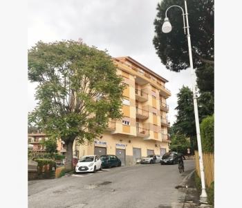 Ampio Appartamento Albano Laziale